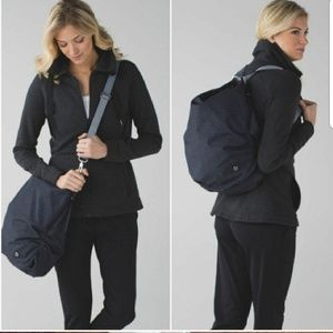 Lululemon convertible bag/backpack